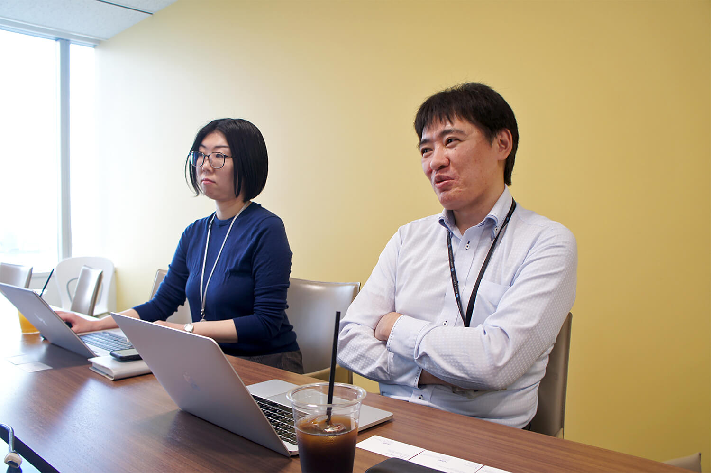 コニカミノルタジャパンにBacklogを導入したことで、メールの総量を体感値で50%削減し、確認のためのコミュニケーション量を効率化できた効果を語る